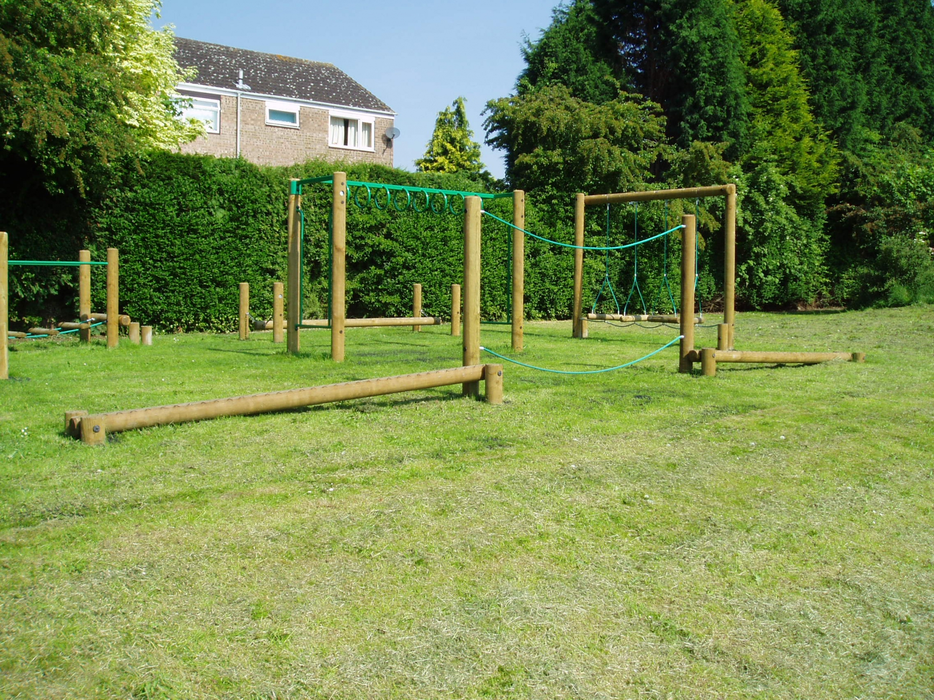 Rope Walk With Sloping Balance Beams